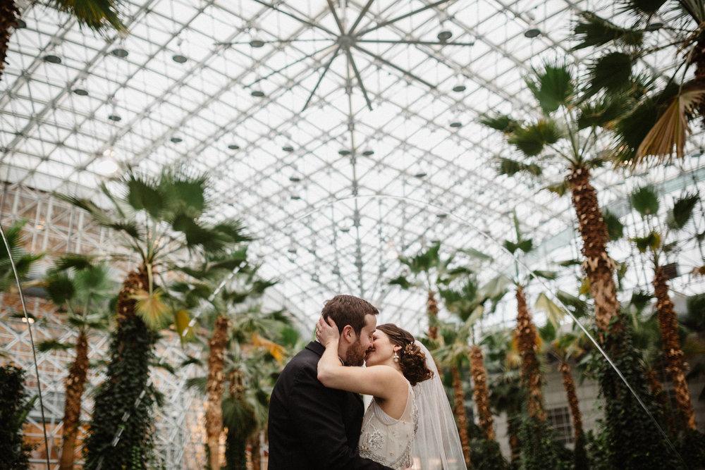 Chicago destination wedding photographer bridgeport art center026.JPG