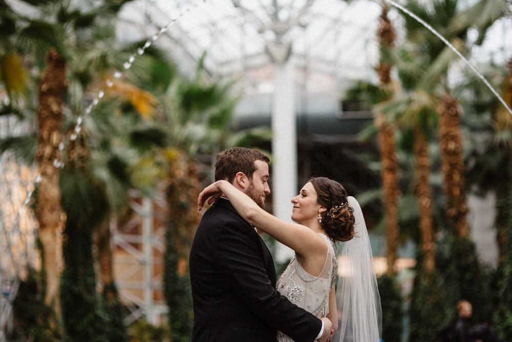 Chicago destination wedding photographer bridgeport art center025.JPG