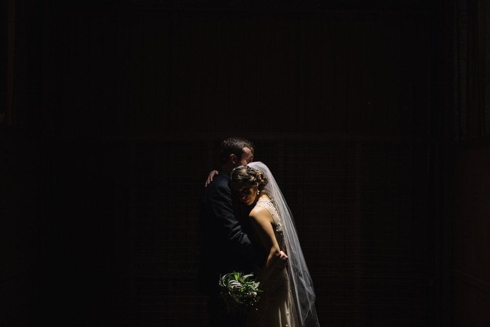 Chicago destination wedding photographer bridgeport art center032.JPG
