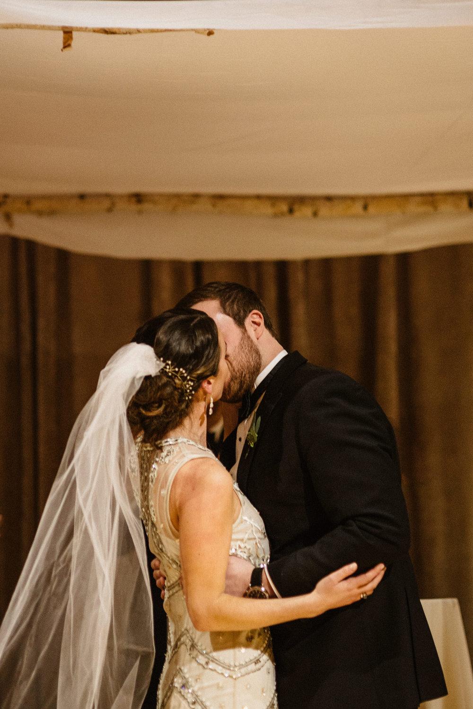Chicago destination wedding photographer bridgeport art center067.JPG