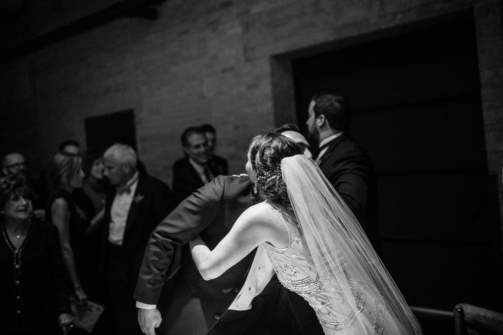 Chicago destination wedding photographer bridgeport art center130.JPG