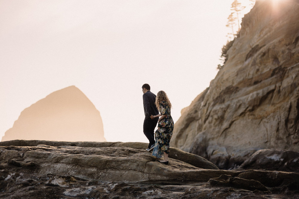 Cape Kiwanda Pacific City engagement photography000.JPG