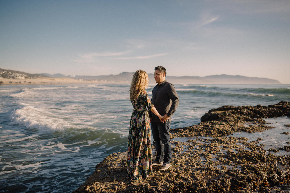 Cape Kiwanda Pacific City engagement photography011.JPG