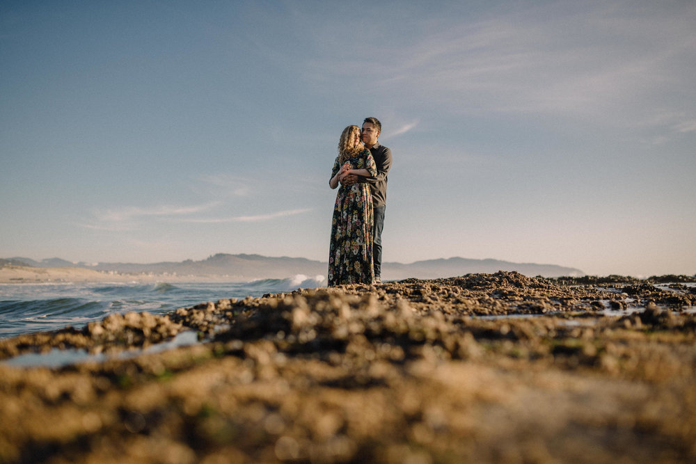 Cape Kiwanda Pacific City engagement photography018.JPG
