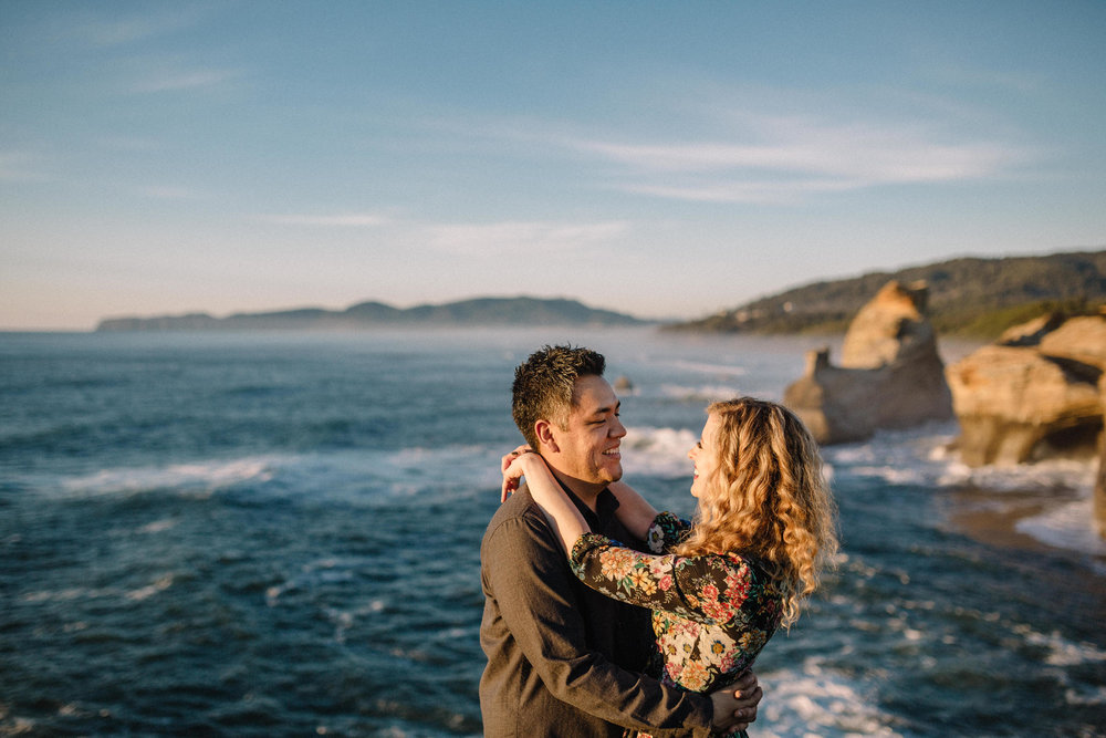 Cape Kiwanda Pacific City engagement photography044.JPG