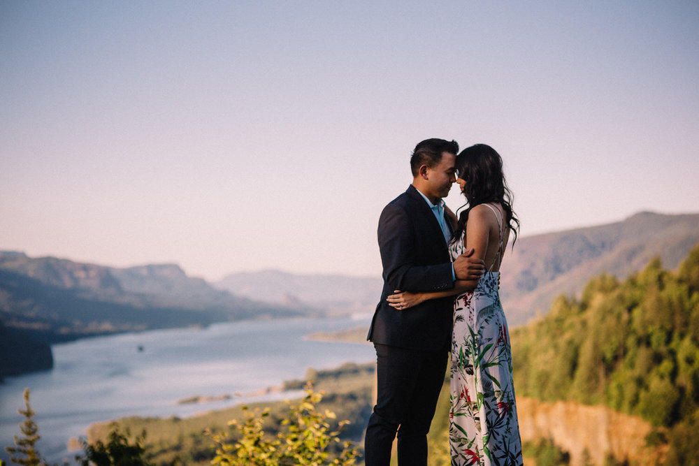 Columbia river gorge engagement photography000.JPG