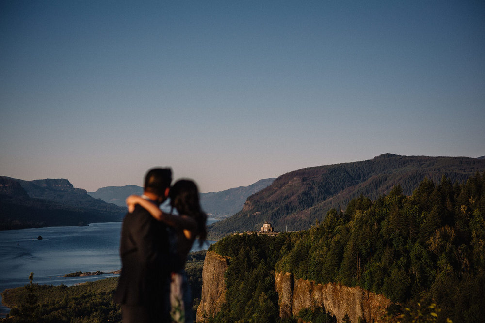 Columbia river gorge engagement photography003.JPG