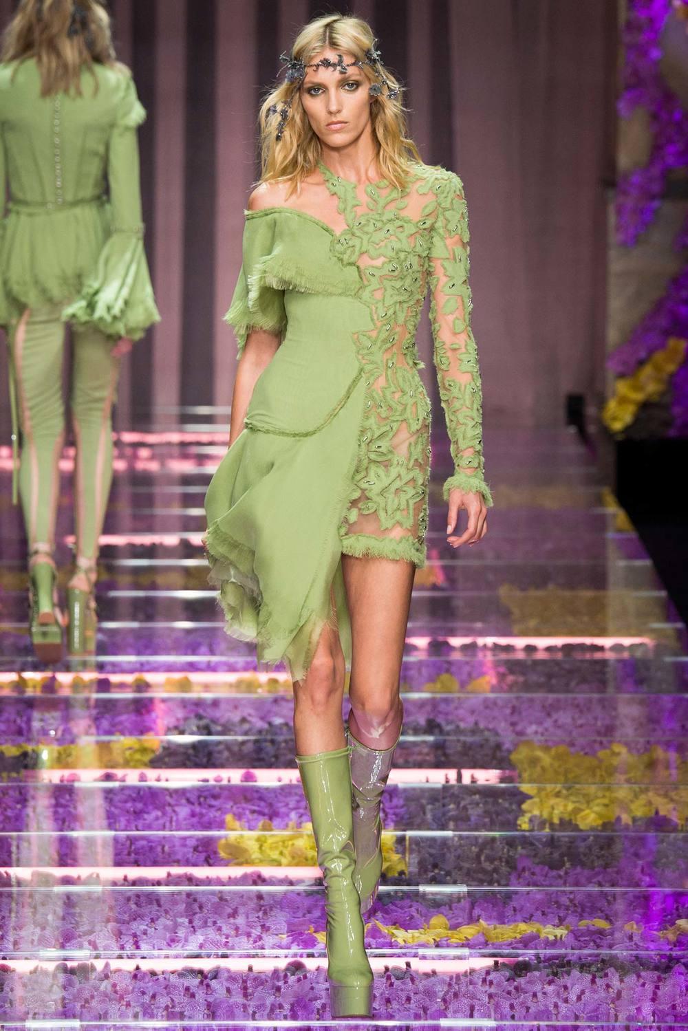 Designer: Atelier Versace, Photo Credit: Style.com
