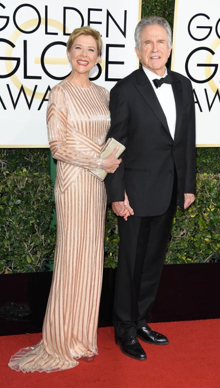 Annette Bening:  Pamella Roland gown  Warren Beatty:  Giorgio Armani tuxedo