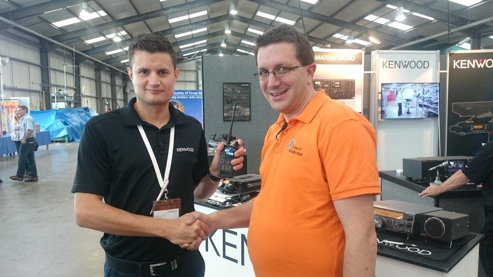 Martin Rothwell (M0SGL) meets Mark Haynes of Kenwood