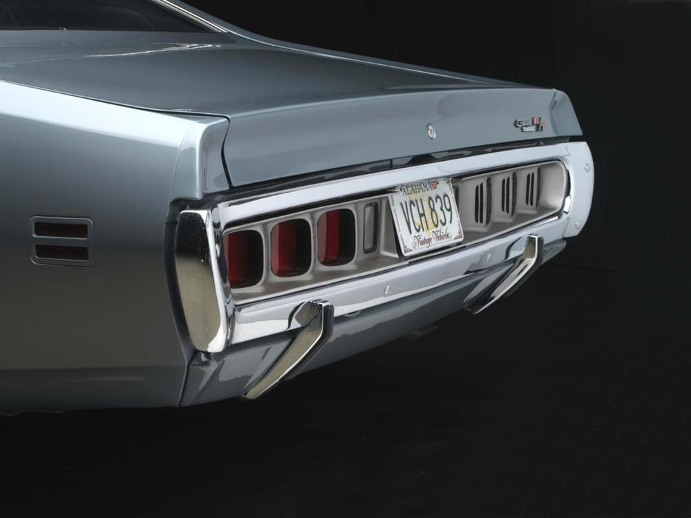 71 CHARGER 440 gunmetal rear.jpg
