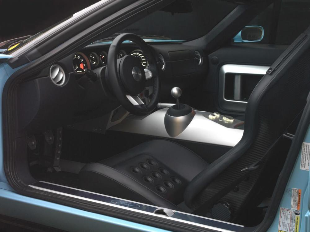 Ford GT interior alt.jpg