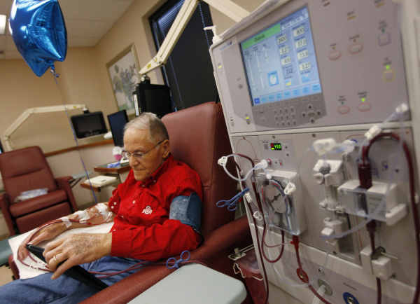 Dialysis Lifelong_C.F.-06.05.13.jpg