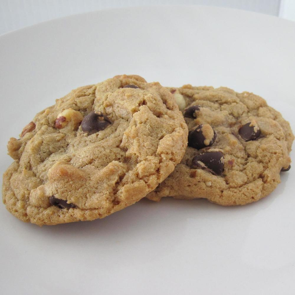 hazelnut chocolate chip cookie 054.jpg