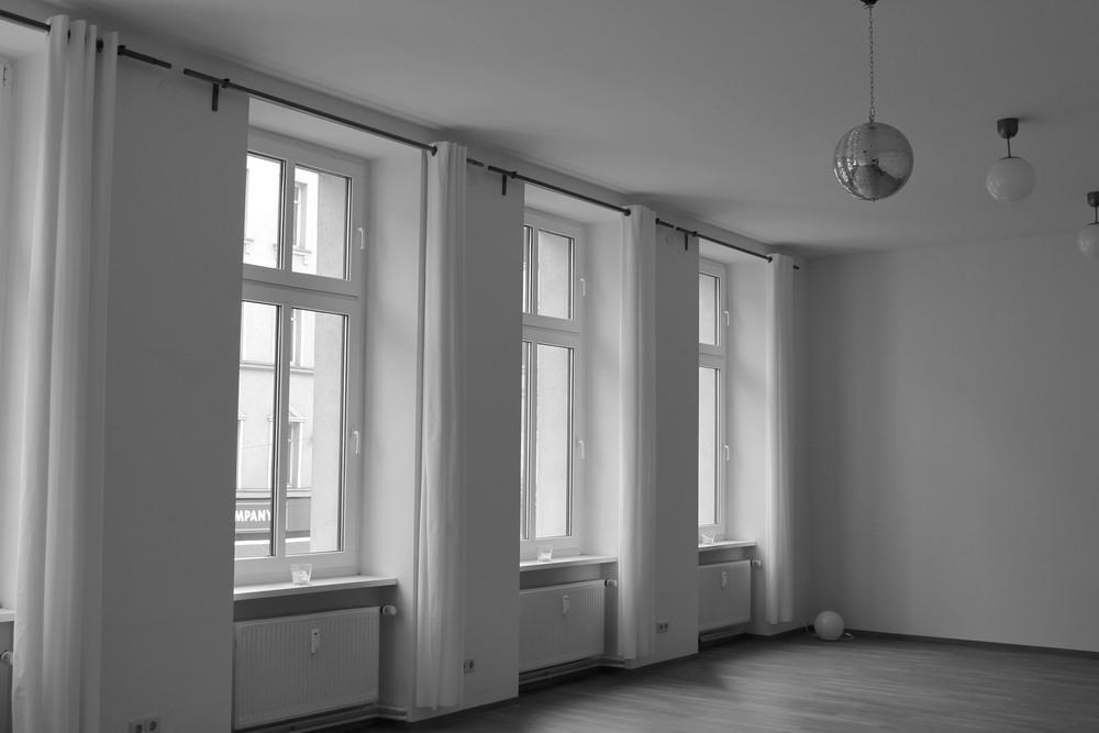 yogaforallmankind Yoga Studio Berlin Mitte3.jpg