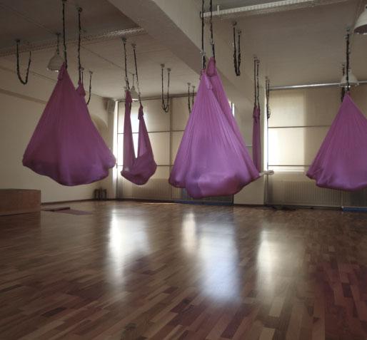 Aerial Yoga Woyo Club München23.jpg