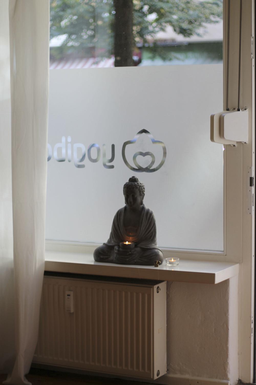 yogatonic yogibar yogastudio berlin friedrichshain86.jpg