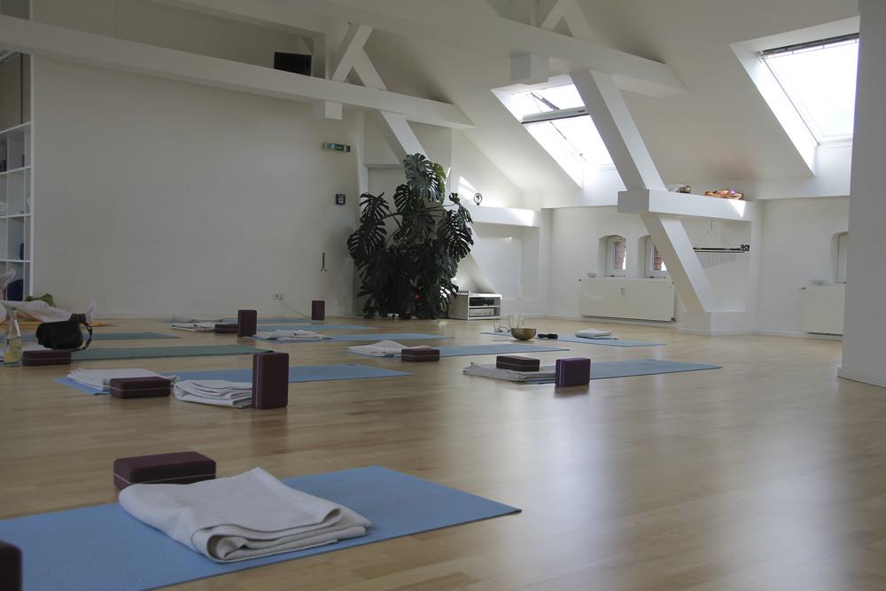 Yoga sky yoga studio Berlin Kreuzberg440.jpg