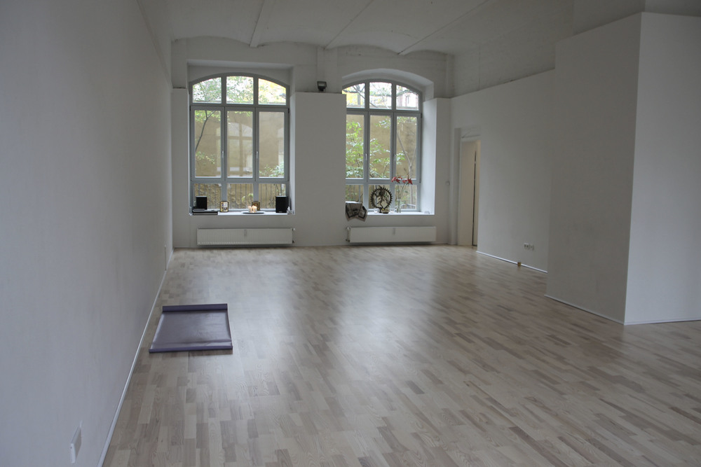 yogatribe yoga studio Berlin Mitte449.jpg