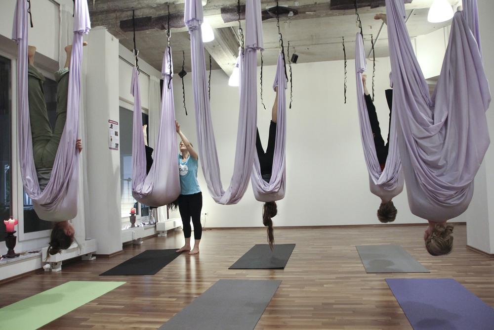 Flying yoga studio hamburg aerial 623.jpg