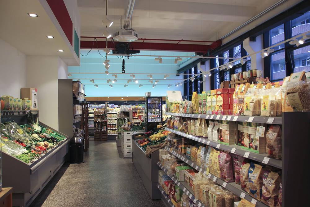 Veganz vegan supermarkt hamburg altona604.jpg
