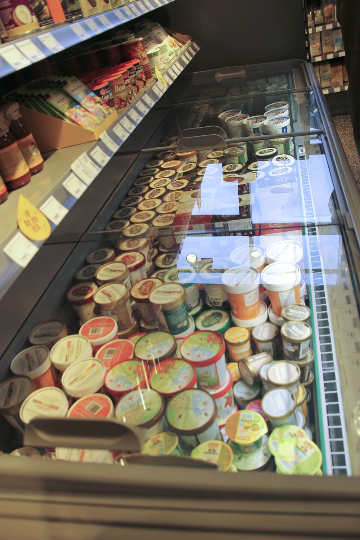 Veganz vegan supermarkt hamburg altona606.jpg