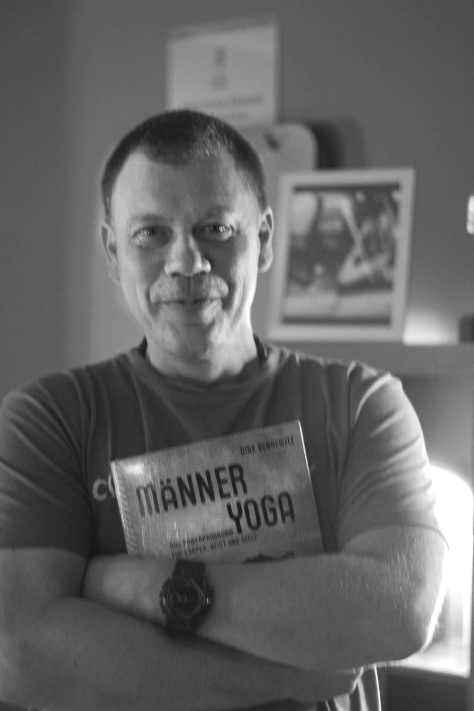 Dirk Bennewitz Männer Yoga Hamburg631.jpg