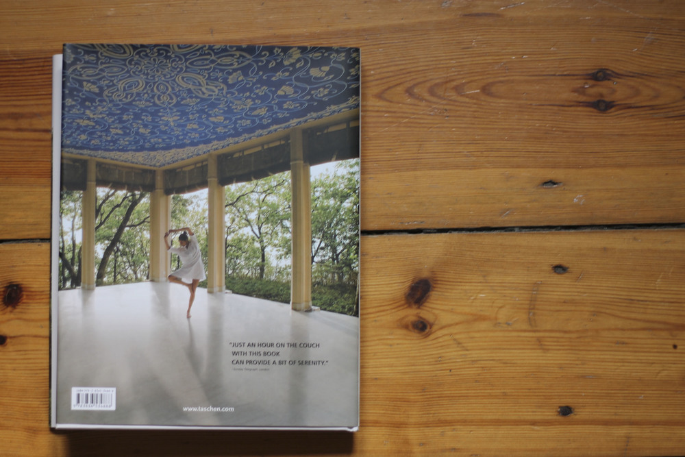 Taschen great retreats yoga687.jpg