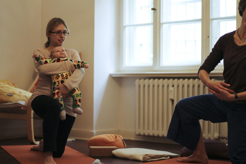 lorna mama+baby yoga berlin moabit792.jpg