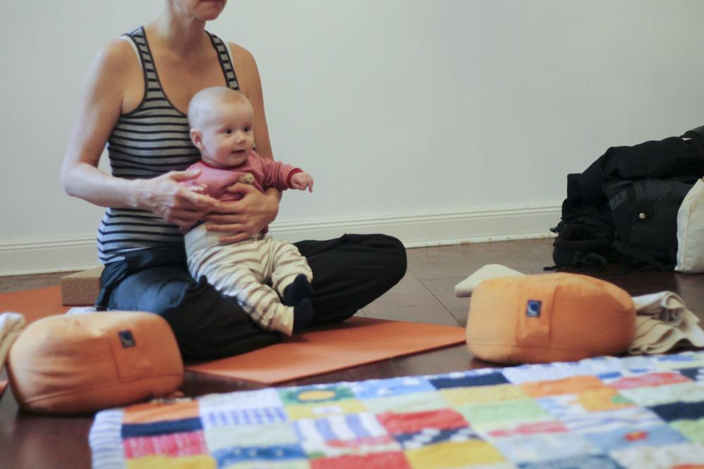 lorna mama+baby yoga berlin moabit798.jpg