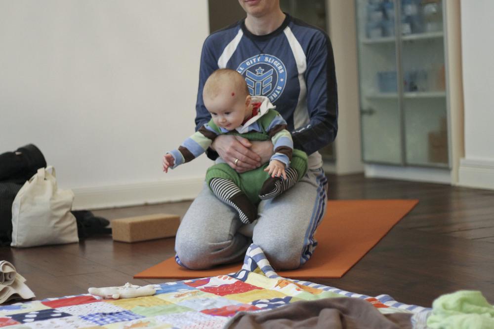 lorna mama+baby yoga berlin moabit799.jpg