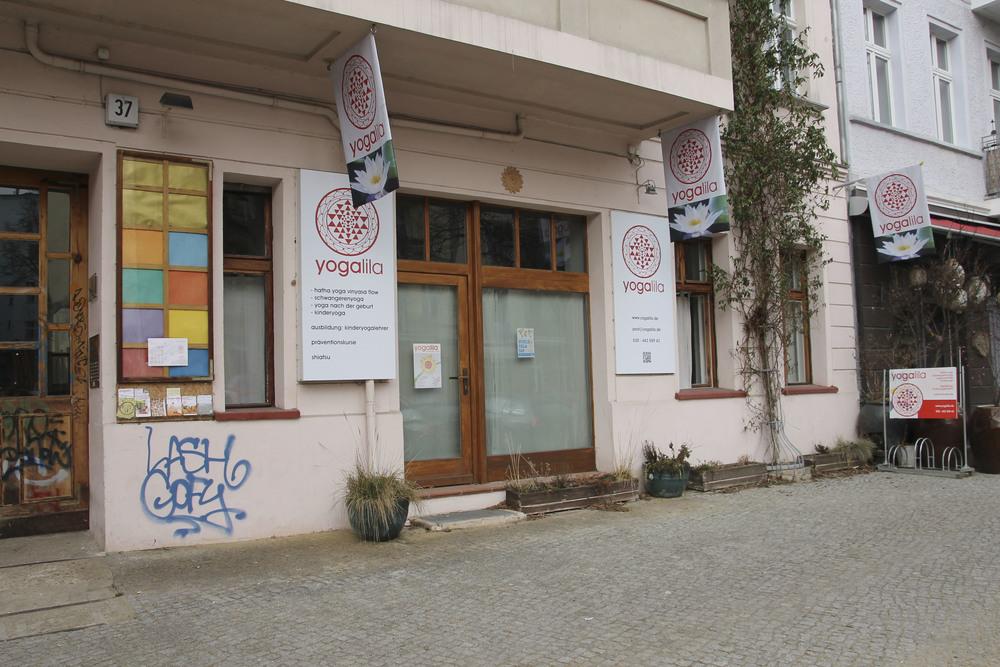 schangerschaftsyoga yogastudio yoga lila berlin prenzlauerberg1235.jpg
