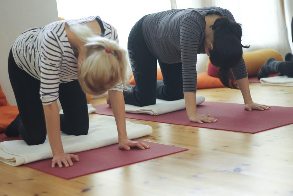 schangerschaftsyoga yogastudio yoga lila berlin prenzlauerberg1225.jpg