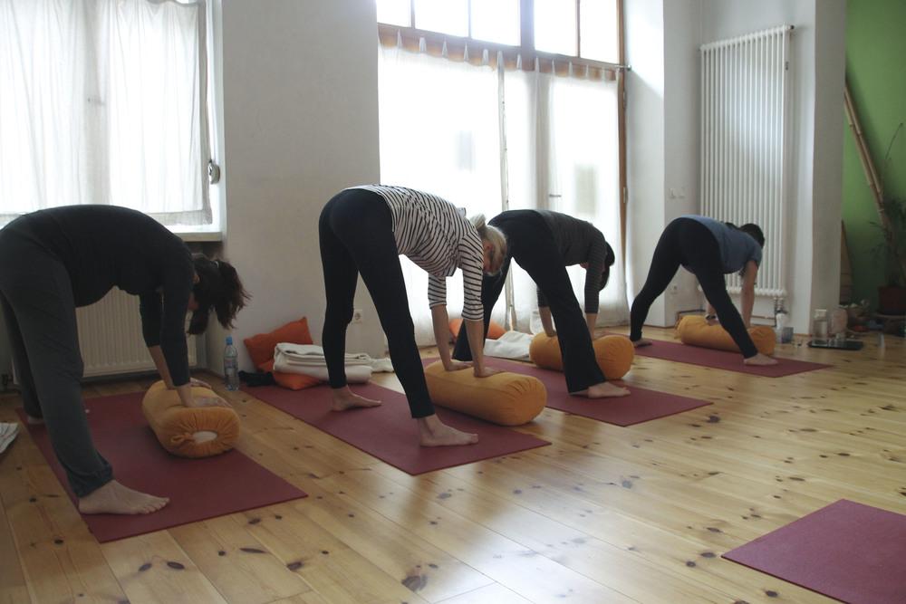 schangerschaftsyoga yogastudio yoga lila berlin prenzlauerberg1229.jpg
