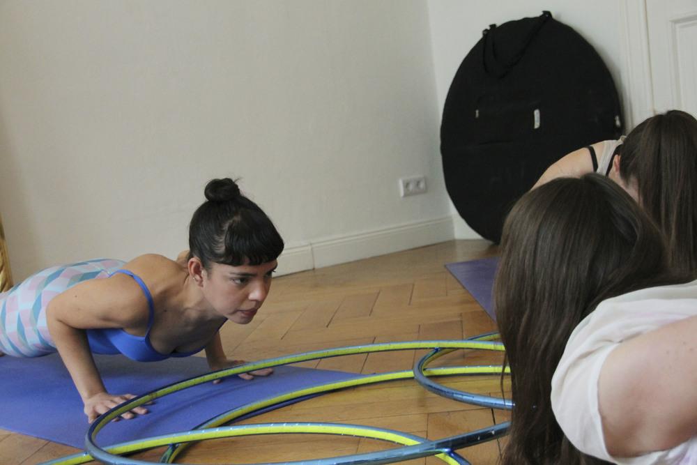 hoop yoga rebecca halls berlin1268.jpg