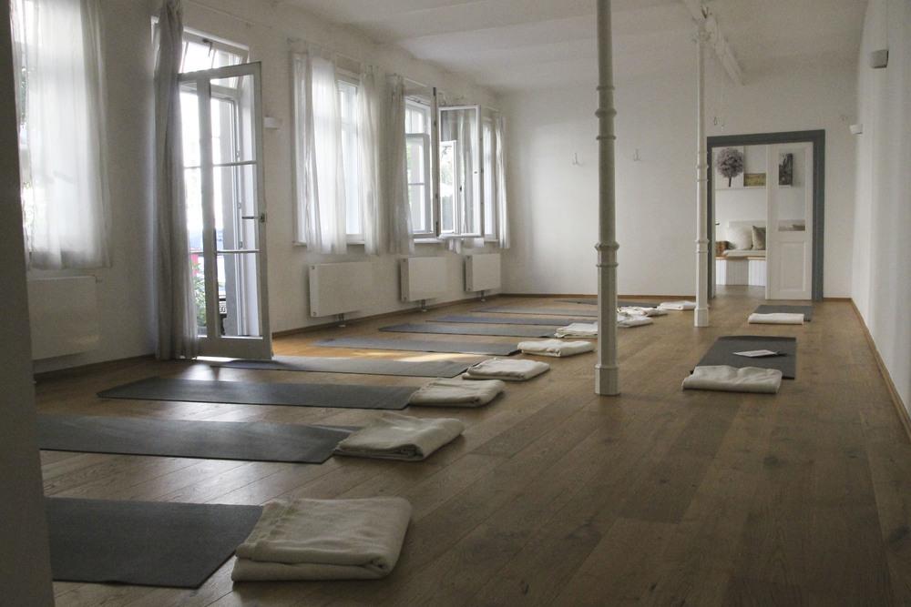 Hemma Yoga Studio München Neuhausen Maillingerstrasse 1931.jpg