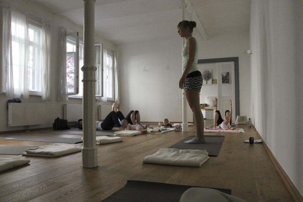 Hemma Yoga Studio München Neuhausen Maillingerstrasse 1933.jpg