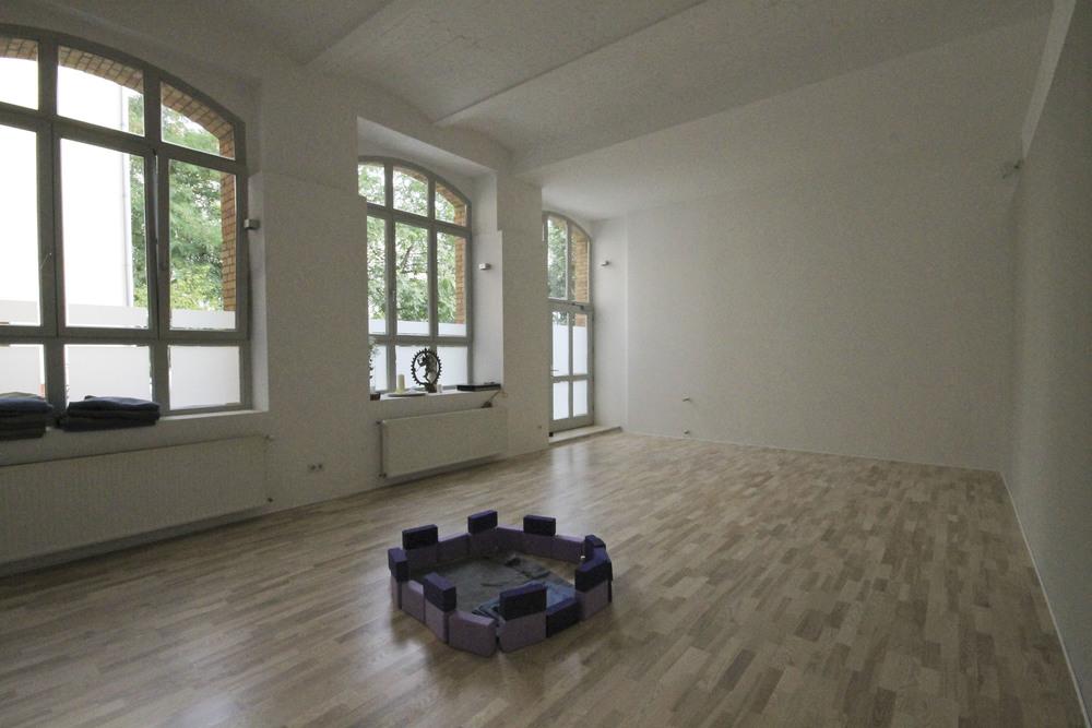 yogatribe yogastudio berlin mitte anusara1970.jpg