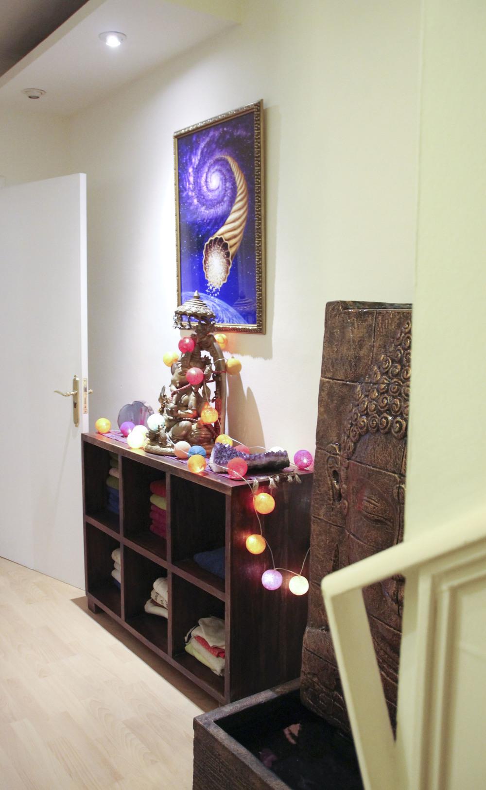 shuniayoga kundalini  yoga studio barcelona2069.jpg