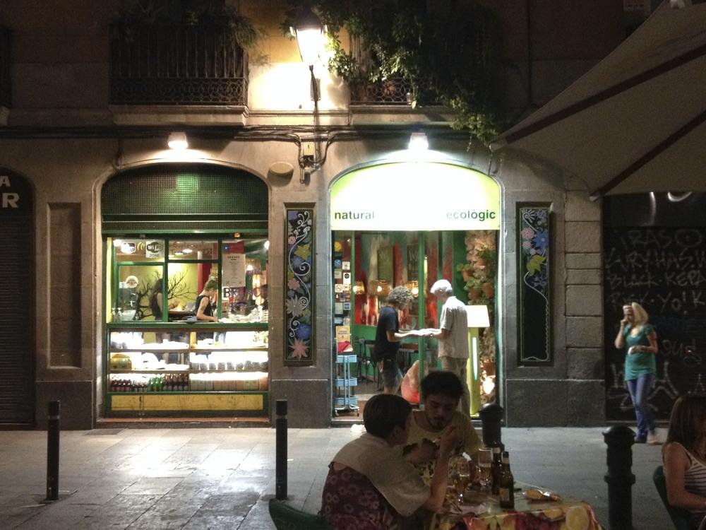 vegetalia vegan vegetarian restaurant barcelona2090.jpg