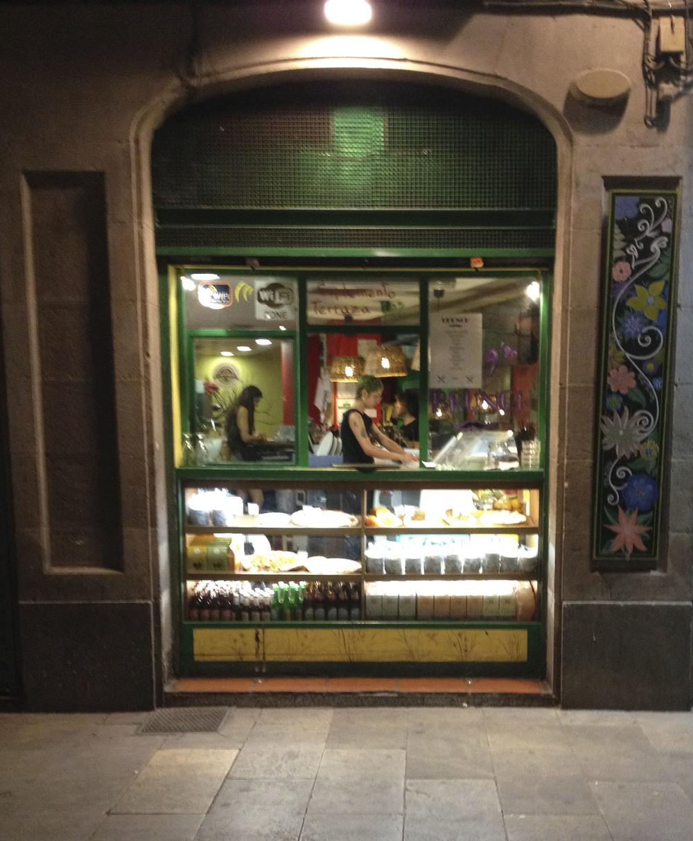 vegetalia vegan vegetarian restaurant barcelona2091.jpg