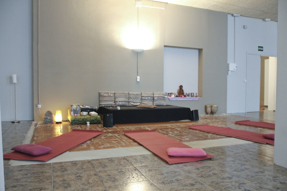Happy central yoga studio barcelona2037.jpg