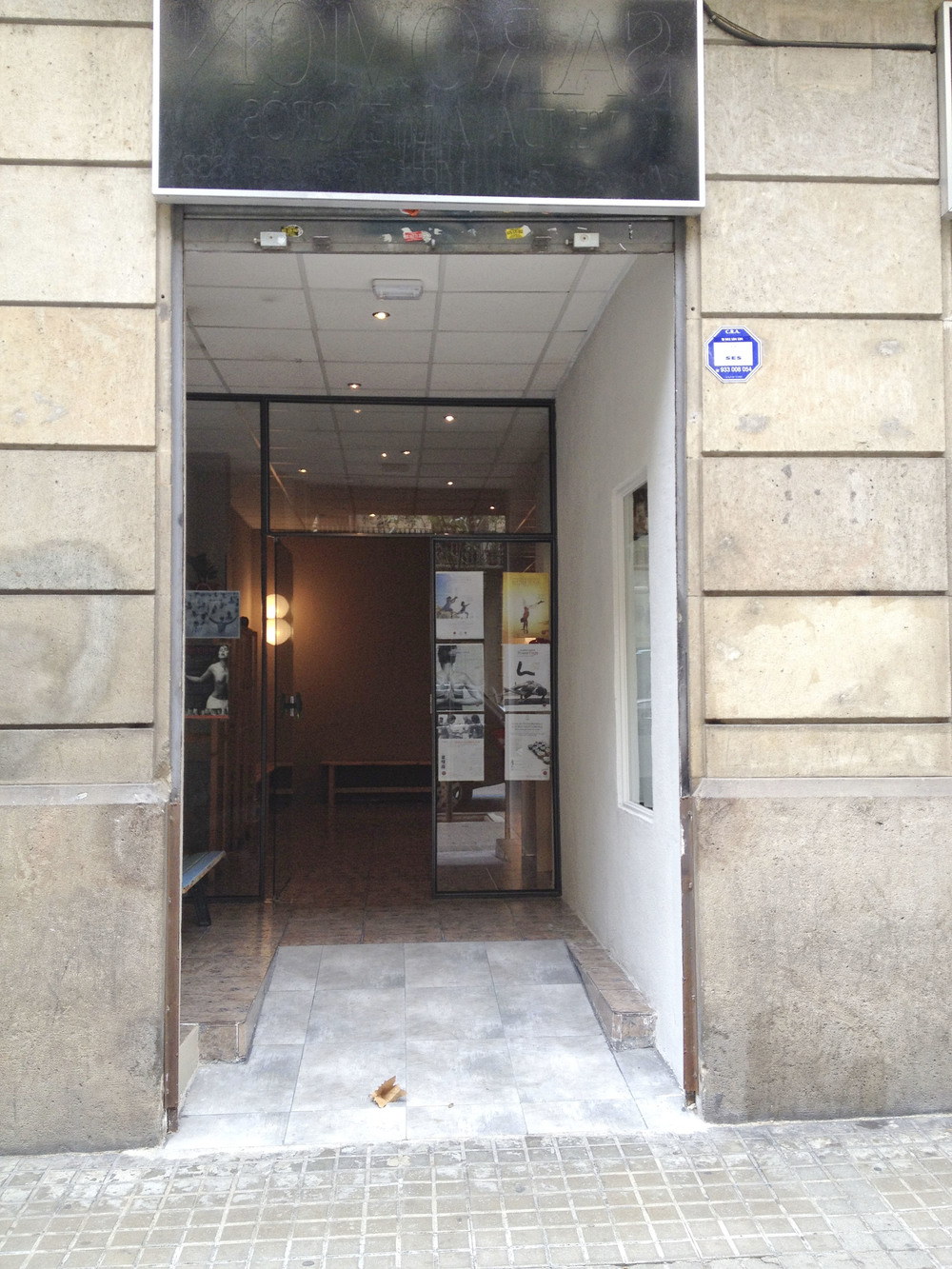 Happy central yoga studio barcelona2041.jpg