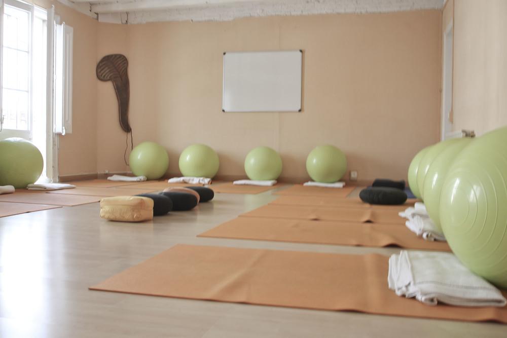 Happy prenatal yoga studio barcelona2044.jpg