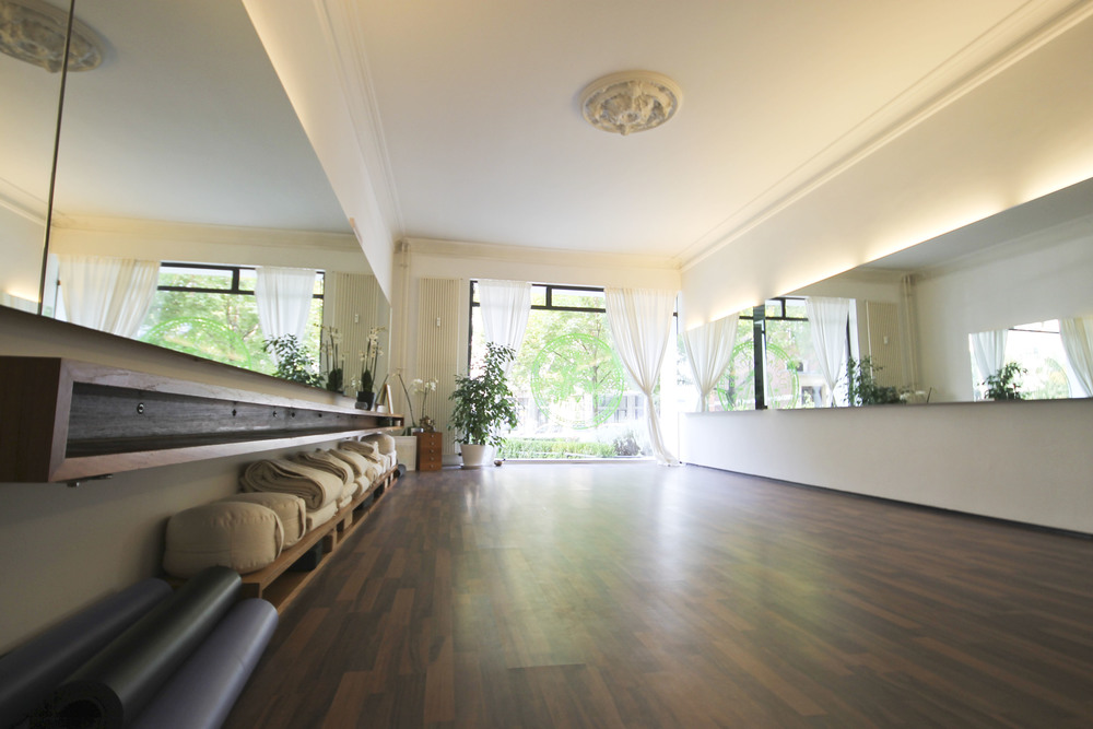 rafaela rarisch, yoga studio , berlin charlottenburg2167.jpg