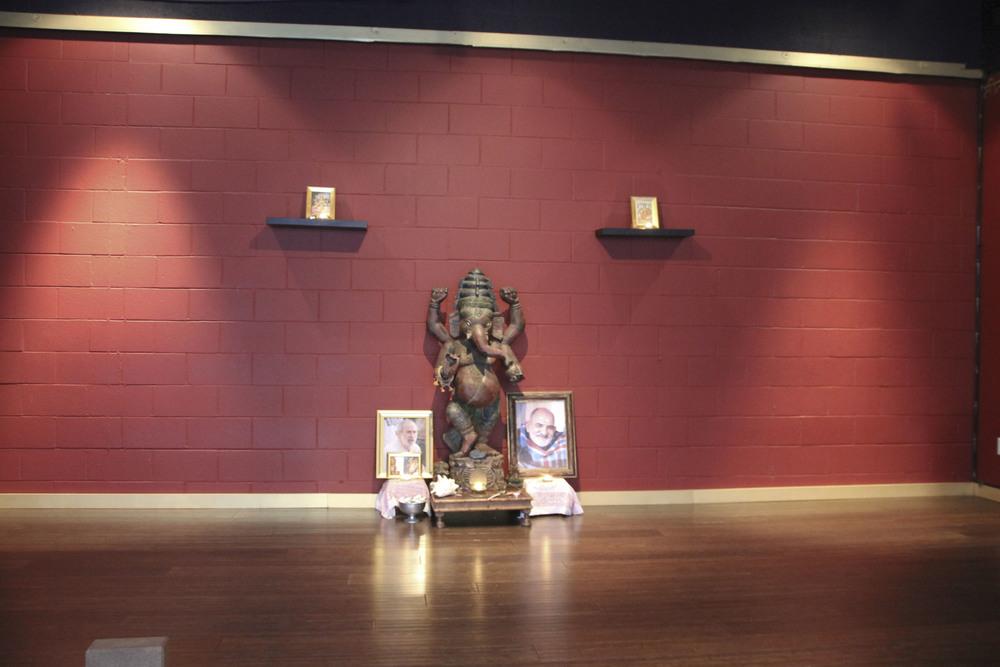 bhakti shala yoga santa monica los angeles california2406.jpg