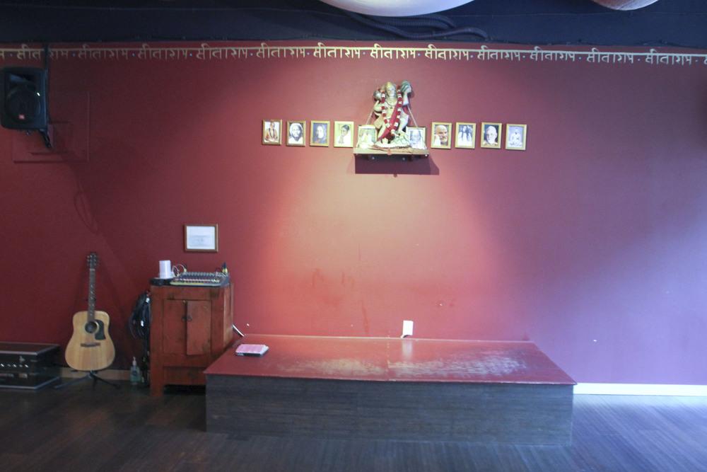 bhakti shala yoga santa monica los angeles california2407.jpg