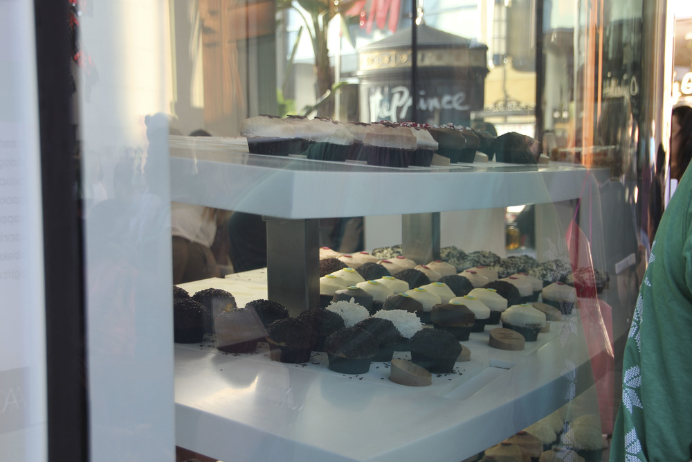 Sprinkles beverly hills muffins vegan califronia los angeles2548.jpg