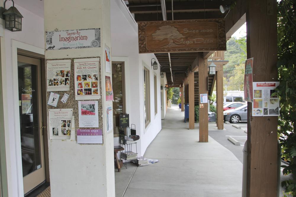 Yoga desa, Topanga, California2360.jpg