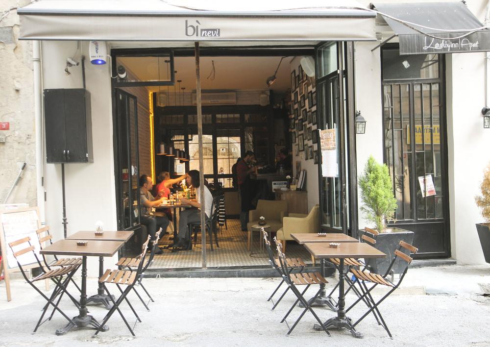 CAFE_ Bi Nevi2253.jpg